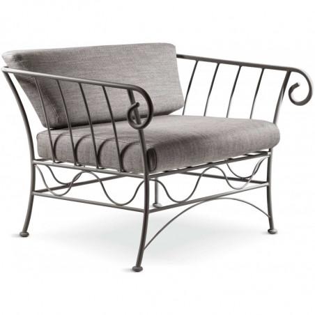 Kovácsoltvas élethű rózsaszál