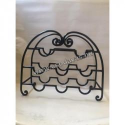 kovácsoltvas Dorisz szék
